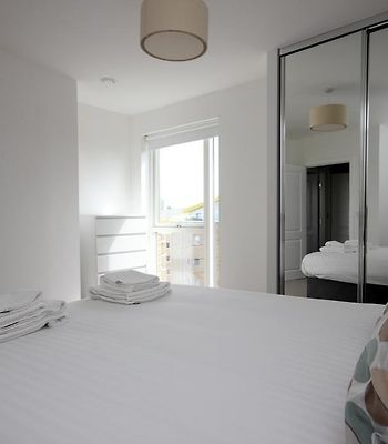 Luxury Limehouse Marina 1 Bed Apartment photos Exterior Hotel information