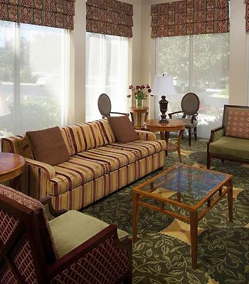 Hilton Garden Inn Schaumburg photos Interior Lobby Seating Area