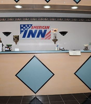 American Inn Cleburne photos Interior Front Desk
