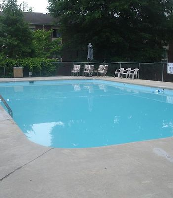 Carriage Inn photos Facilities Pool
