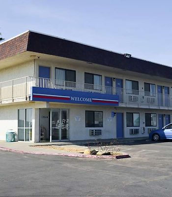 Motel 6 Lost Hills / Buttonwillow Racetrack photos Exterior exterior