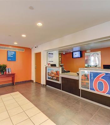 Motel 6 Virginia Beach photos Interior Lobby