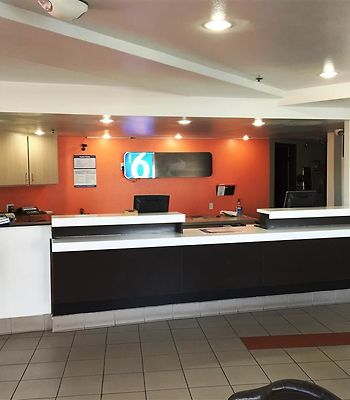 Motel 6 Brownsville North photos Interior Lobby