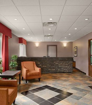 Travelodge Meadow Lake photos Interior Lobby