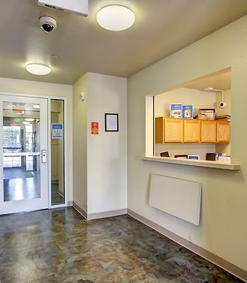 Woodspring Suites Charleston A photos Interior Reception