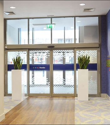 Hampton By Hilton Newcastle photos Interior Entrance Lobby
