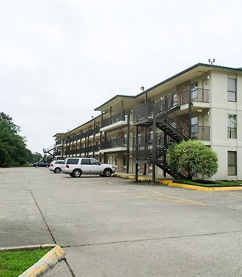 Motel 6 Lake Charles On The Bayou photos Exterior exterior