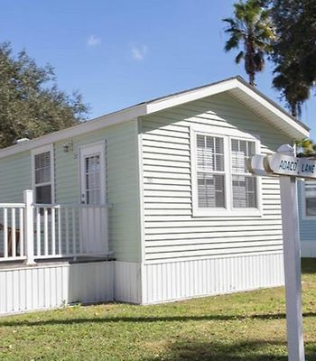 Tropical Palms Standard Two-Bedroom Cottage 8 photos Exterior Tropical Palms Standard Two-Bedroom Cottage 8