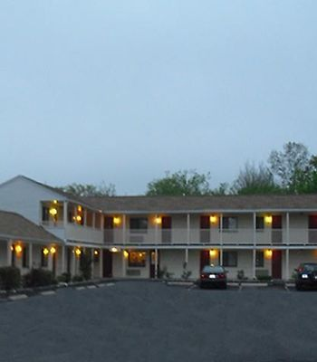 Passport Inn Methuen photos Exterior Exterior View