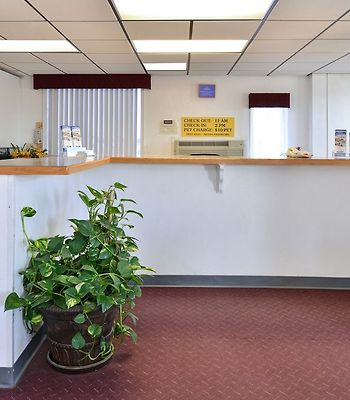 Americas Best Value Inn photos Interior Front Desk