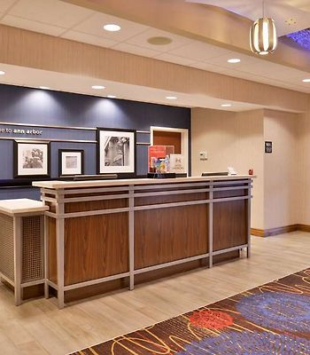 Hampton Inn & Suites Ann Arbor West photos Interior Front Desk