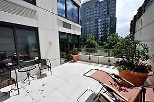 West Side View -  3 Bedroom Apartment, Private Terrace, 30 Day Min Stay photos Exterior