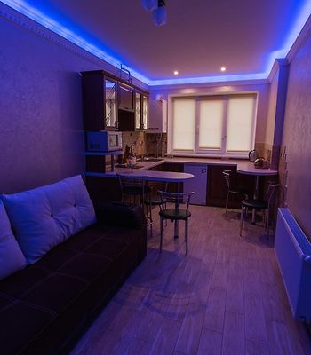 Modern Apartment On Akademika Sakharova 27A photos Exterior Hotel information