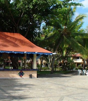 Fun Royale Beach Resort photos Exterior