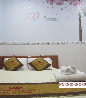 Ngan Giang Guest House photos Exterior Ngan Giang Guesthouse