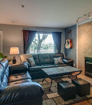 Stunning Riverfront, Downtown Condo, Close To Everything!Best Spot In Nashville! Condo photos Exterior