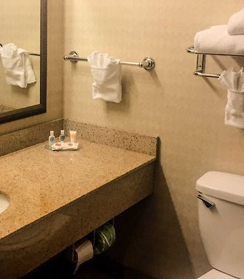 Comfort Inn & Suites Harrisonville photos Room Standard Rooms/Bedroom