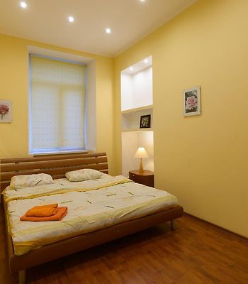 Kiev Accommodation Apartment On O. Gonchara St. photos Exterior Hotel information