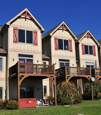 All Seasons Getaway Four-Bedroom Townhome photos Exterior All Seasons Getaway Four-Bedroom Townhome