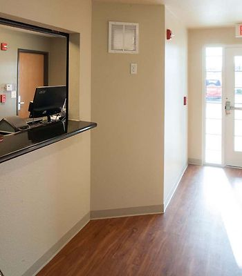 Value Place Des Moines, Ia photos Interior Generic WoodSpring Suites Lobby  x