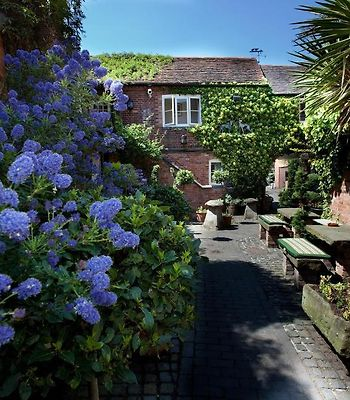 The Greyhound Coaching Inn photos Exterior Hotel information