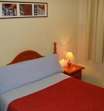 Hostal Parajas photos Room Single Room with private shower