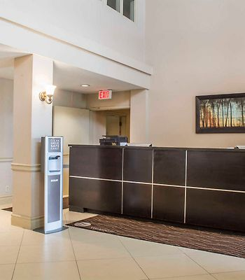 Comfort Inn & Suites Ambassador Bridge photos Interior Lobby/Interior
