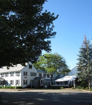 Publick House Historic Inn And Country Motor Lodge photos Exterior Hotel information