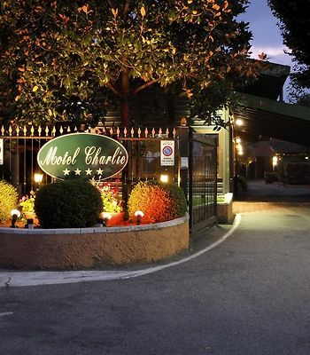 Motel Hotel Charlie photos Exterior Hotel information