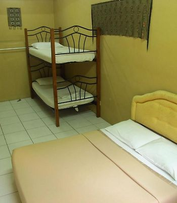 Sea View Sandakan Budget & Backpackers Hotel photos Room