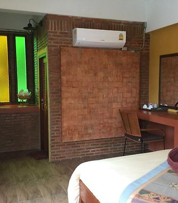 Pong Phen Guesthouse photos Exterior Hotel information