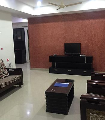 Royal Suites Serviced Apartments photos Exterior Hotel information