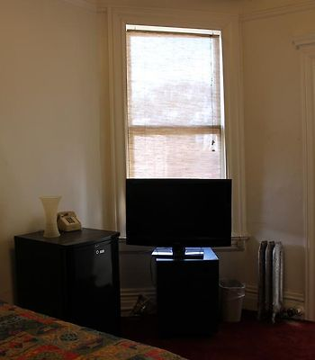 The Kenmore photos Room