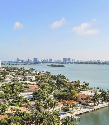 Waterfront Apartment With Breathtaking Views photos Exterior Waterfront apartment with breathtaking views