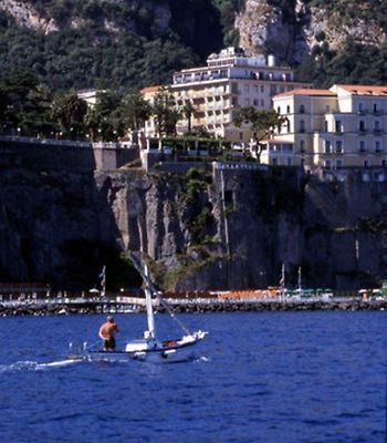 Continental Sorrento photos Exterior