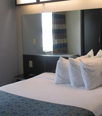 Microtel Inn & Suites By Wyndham Belle Chasse/New Orleans photos Room