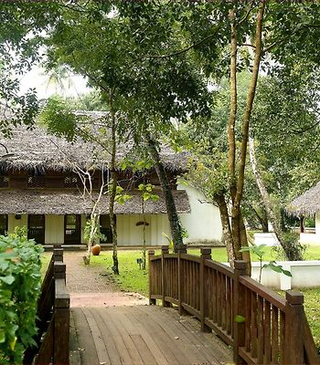Marari Beach Resort photos Exterior Hotel information