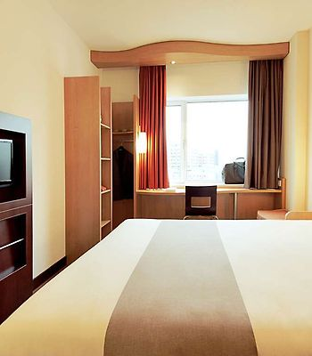 Ibis Chengdu Wenjiang Center photos Room Guest room