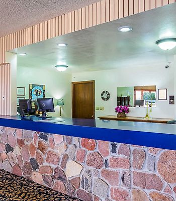 Econo Lodge Waupaca photos Interior Lobby/Interior
