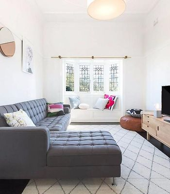 Character 1 Bed Home - Ideal North Sydney Location photos Exterior Hotel information