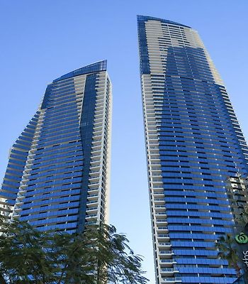 Circle On Cavill Surfers Paradise Apartments photos Exterior Hotel information