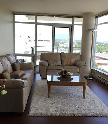 Spacious Apartment With Stunning View photos Exterior Spacious apartment with stunning view