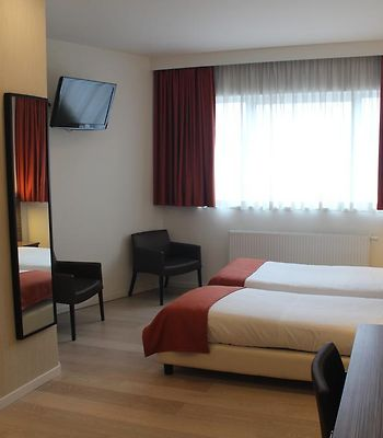 Hotel Taormina Brussels Airport photos Exterior Hotel Taormina Brussels Airport