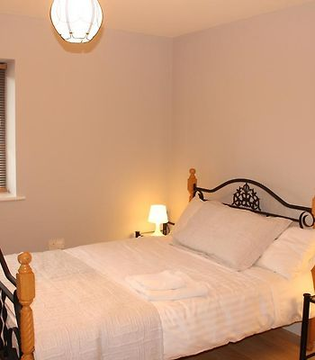Penthouse Apartment Waterford photos Exterior Top Floor Apt Waterford City (W410)