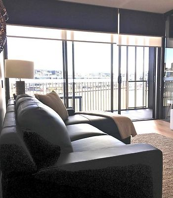 Boutique Properties Canberra Luxury Two Bedroom 'Tanderra Suite' Kingston Foreshore photos Exterior