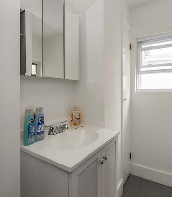 Modern Philadelphia Two-Bedroom Condo With Free Parking photos Exterior Hotel information