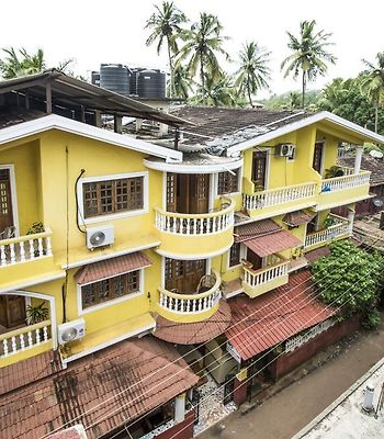 Guest House Near Calangute Beach, By Guesthouser photos Exterior Guest house near Calangute beach, by GuestHouser