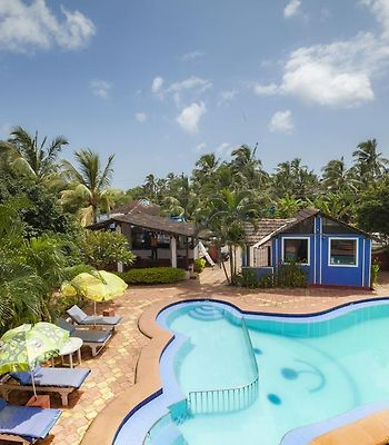 1 Bedroom Guest House In Calangute, By Guesthouser photos Exterior Villa with a shared pool, by GuestHouser