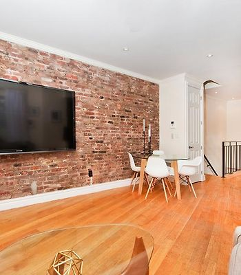 Sunny & Luxurious West Village Residence - 3 Bedrooms! photos Exterior