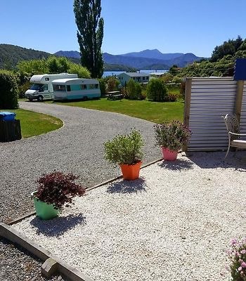 Picton'S Waikawa Bay Holiday Park And Park Motels photos Exterior Picton's Waikawa Bay Holiday Park and Park Motels